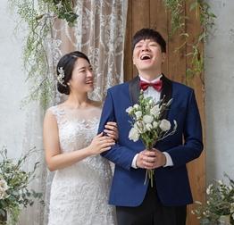 윤준상, 4년 열애 끝 스쿼시 선수와 혼인