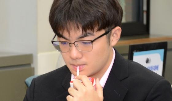 랴오위안허 '딸기가 좋아'