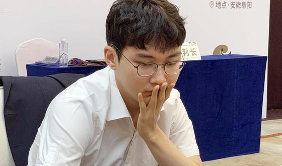 박정환, 퉈자시에게 역전패…결승은 중·중전으로