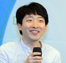 """홍성지, 11년 만에 두 번째 우승 """"최정 이긴 기세로 우.."""