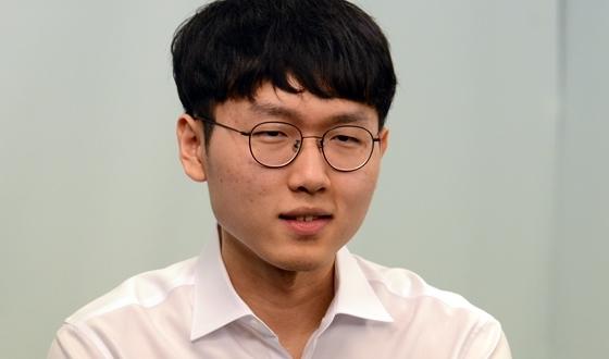 """신진서 """"바둑으로 인한 스트레스, 바둑 이겨야 풀린다"""""""