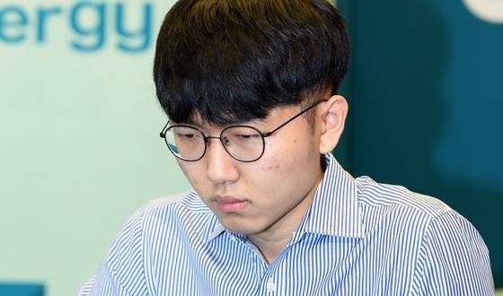 3연패 노리는 신진서, 김지석과 리턴매치
