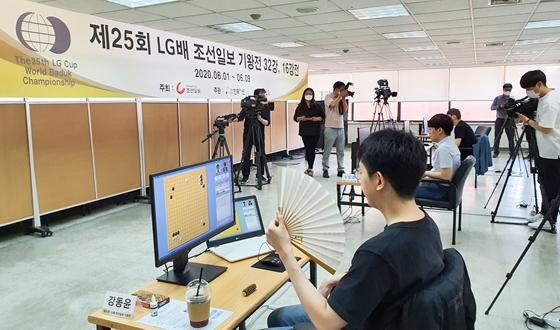 한국 7명 전원 16강 진출, 일본·대만 전멸