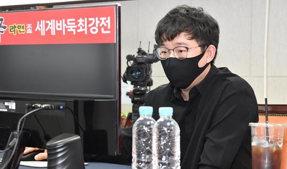 한국 선봉 원성진 '빵따냄'으로 완벽한 승전보