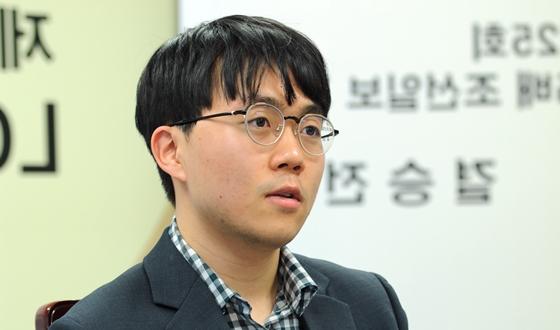 신민준, 생애 첫 LG배 우승! 커제에게 1패 후 2승